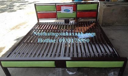 Giường sắt hộp vuông kiểu gỗ 1m4